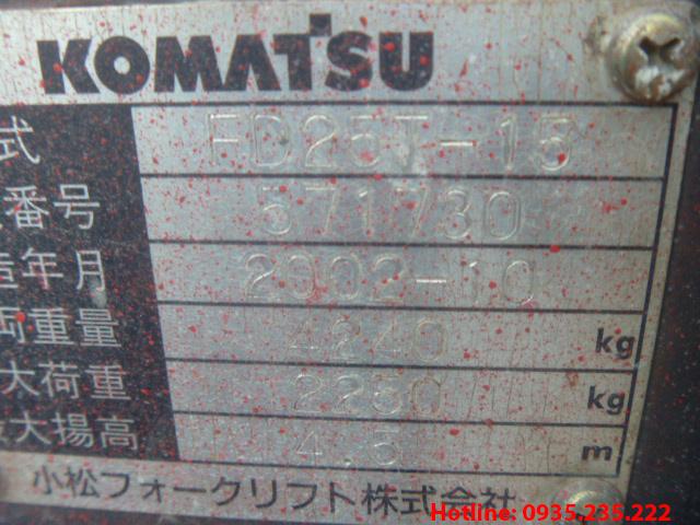 xe-nang-dau-komatsu-cu-2-5-tan-2002 (8)