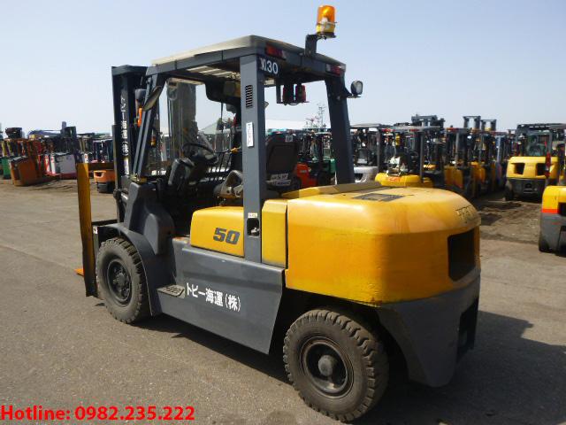 xe-nang-dau-tcm-cu-5-tan-2011 (3)