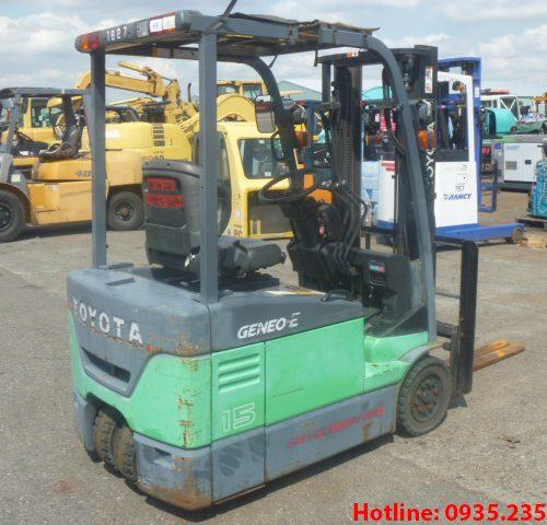 Xe nâng điện 3 bánh Toyota cũ 1.5 tấn 2011