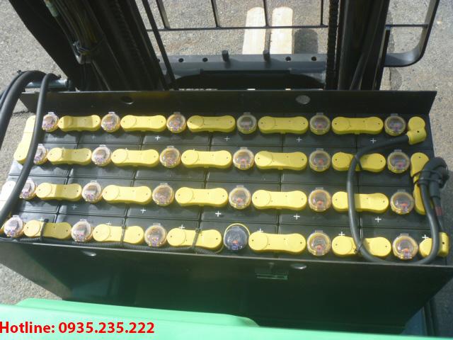 xe-nang-dien-dung-lai-toyota-cu-1-5-tan-2012 (5)