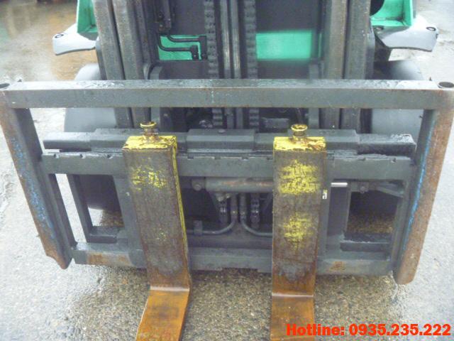 xe-nang-dau-mitsubishi-cu-2-5-tan-2003 (5)