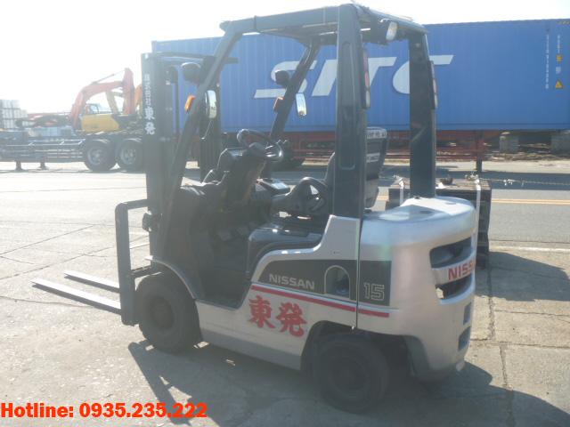 xe-nang-dau-nissan-cu-1-5-tan-2011 (3)