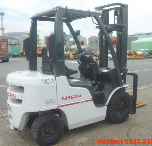 Xe nâng dầu Nissan cũ 2 tấn 2012