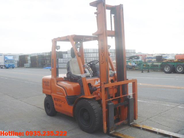 xe-nang-dau-nissan-cu-3-5-tan-2003 (2)