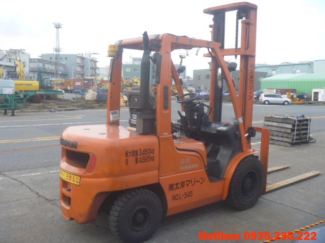 xe-nang-dau-nissan-cu-3-5-tan-2003 (4)