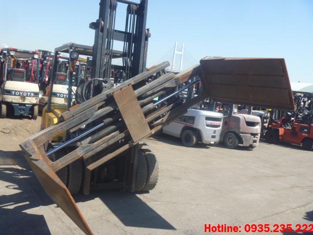 xe-nang-dau-tcm-cu-2-5-tan-2009 (5)