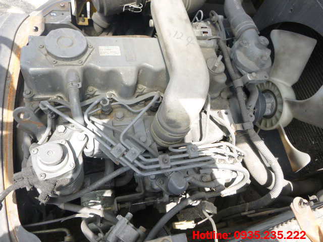 xe-nang-dau-tcm-cu-3-tan-2006 (5)