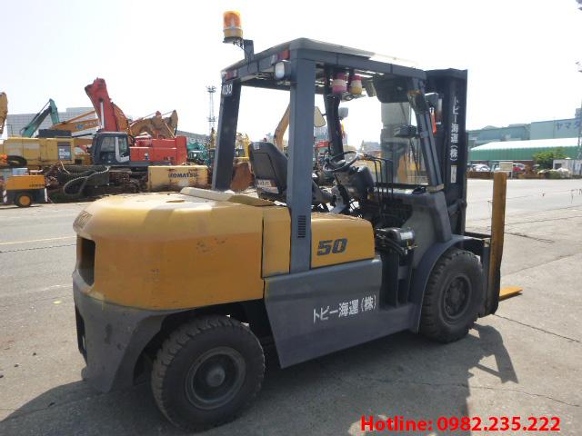 xe-nang-dau-tcm-cu-5-tan-2011 (4)