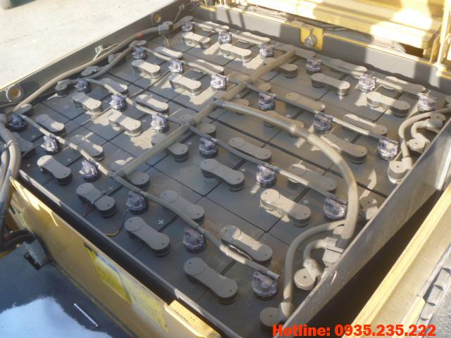 xe-nang-dien-mitsubishi-cu-1-5-tan-2005 (5)