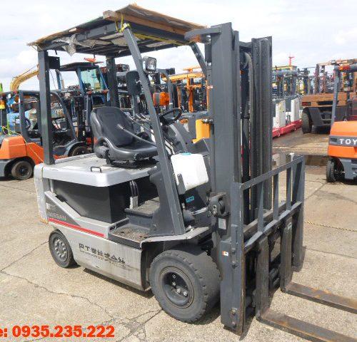 Xe nâng điện Nissan cũ 2.5 tấn 2011